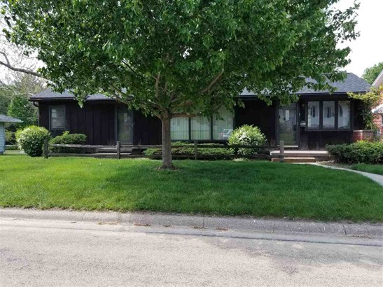1162 Briar Cliff, Clinton, IA - USA (photo 1)