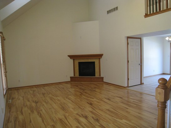 905 25th Ave Ct, Silvis, IL - USA (photo 4)