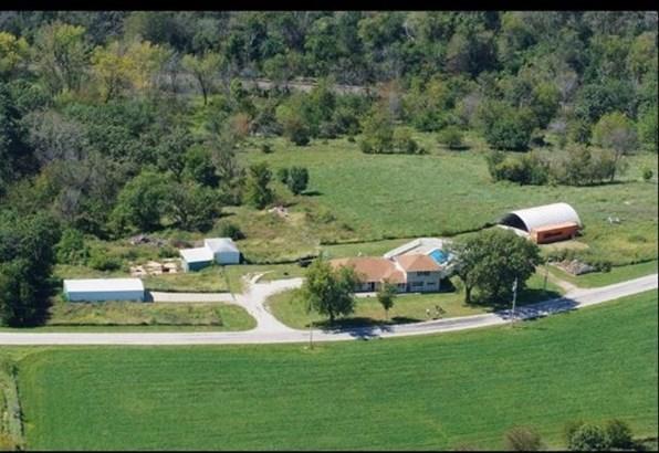 20067 Briar Bluff Road, Coal Valley, IL - USA (photo 3)