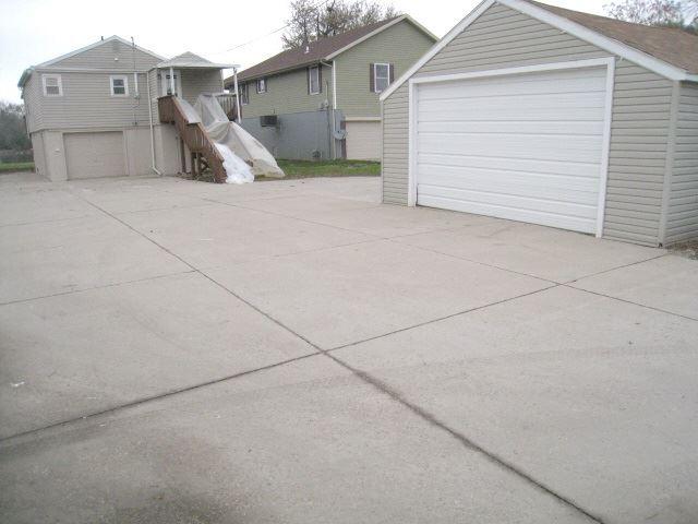 2013 S Shore Drive, Moline, IL - USA (photo 5)