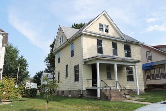 1723 Leclaire Street #1723 1/2 Leclaire*, Davenport, IA - USA (photo 1)