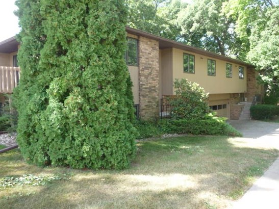4643 9th St, East Moline, IL - USA (photo 2)