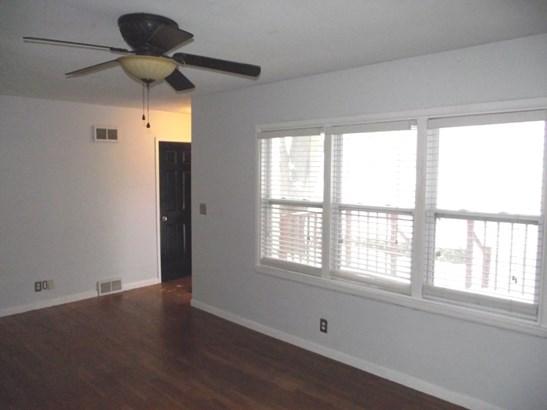 1352 W 37th Street, Davenport, IA - USA (photo 2)