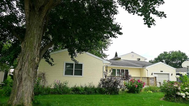 722 N 13th Street, Clinton, IA - USA (photo 1)