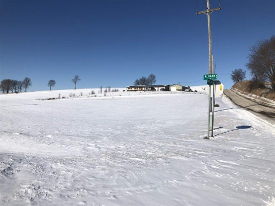 8667 Frog Pond Road #corner Of Frog Pond Rd And Er, Erie, IL - USA (photo 2)