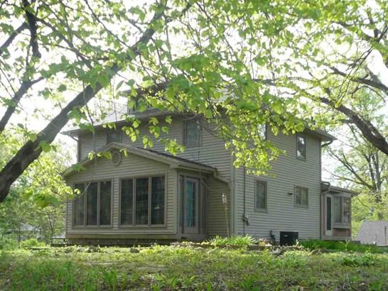 1210 34th Ave Dr, Moline, IL - USA (photo 1)
