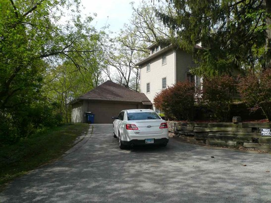 1210 34th Ave Dr, Moline, IL - USA (photo 5)