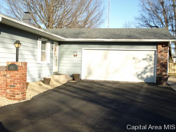 881 W Sunnyview Ave, Knoxville, IL - USA (photo 2)