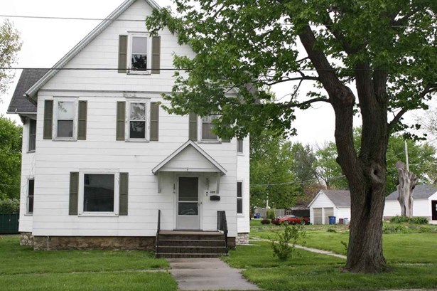 109 E Main Street, Atkinson, IL - USA (photo 1)