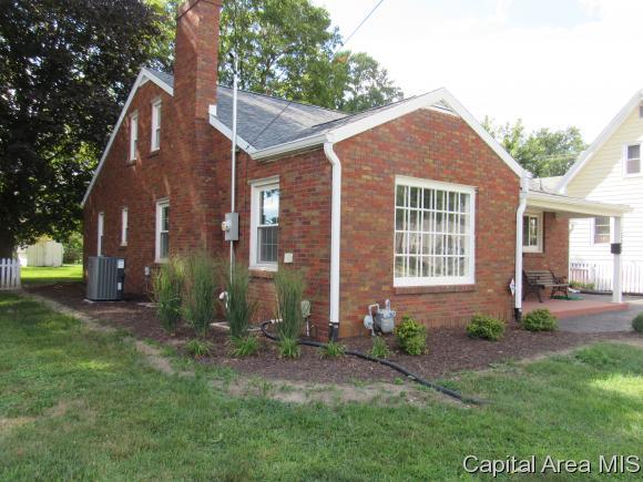 1302 N Seminary St, Galesburg, IL - USA (photo 2)