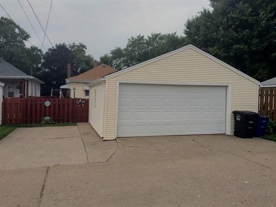2336 31st St A Street, Moline, IL - USA (photo 5)