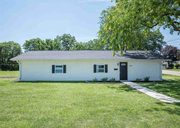 2417 Sabula Avenue, Clinton, IA - USA (photo 1)