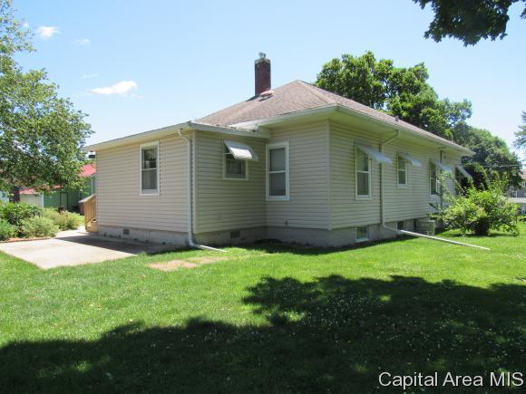 104 W Main St, Altona, IL - USA (photo 4)