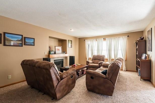 6911 Cresthill Drive, Davenport, IA - USA (photo 3)