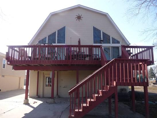 2011 S Shore Drive, Moline, IL - USA (photo 1)
