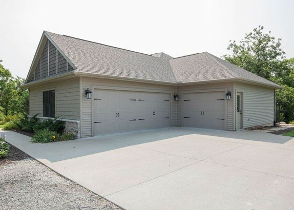 2571 N 2000 Avenue, Coal Valley, IL - USA (photo 5)