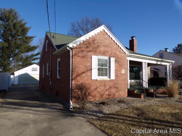 221 Highland Ave, Galesburg, IL - USA (photo 3)
