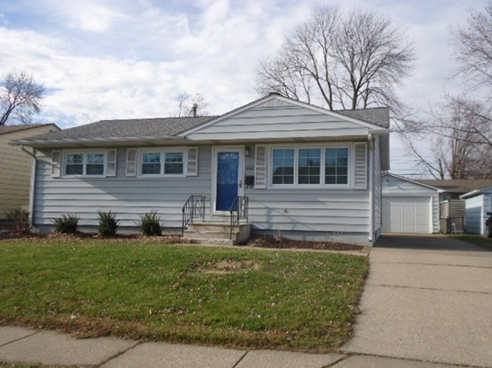 3515 3rd St C, East Moline, IL - USA (photo 1)
