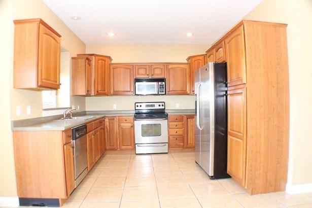 5815 Lorton Avenue, Davenport, IA - USA (photo 5)