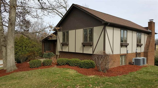 24 Deer Hollow Drive, Coal Valley, IL - USA (photo 2)