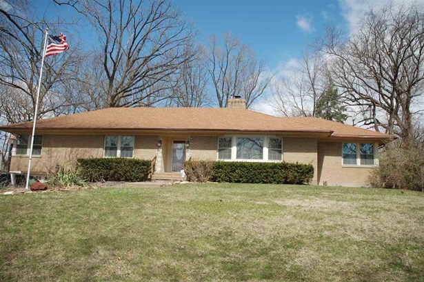 530 Woodland Drive, Clinton, IA - USA (photo 1)