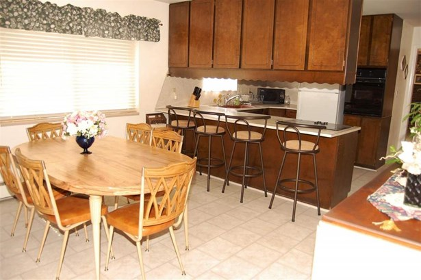 546 Village Way, Grand Junction, CO - USA (photo 4)