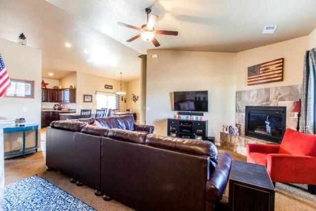 226 Meadow Point Drive, Grand Junction, CO - USA (photo 4)