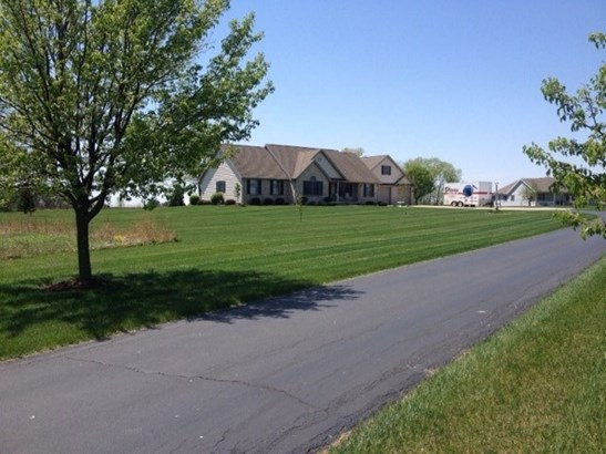 3671 N 900 East, Greentown, IN - USA (photo 1)