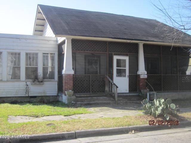 406 Academy Street E, Wilson, NC - USA (photo 1)