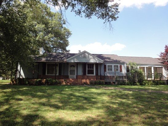 2320 Geer Highway, Travelers Rest, SC - USA (photo 1)
