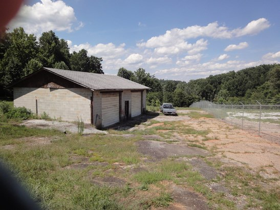 2320 Geer Highway, Travelers Rest, SC - USA (photo 4)