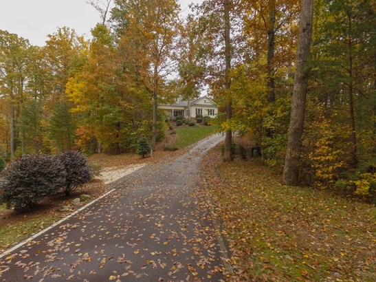 5 Angleblade Road, Landrum, SC - USA (photo 2)