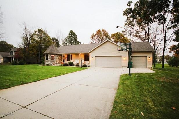 69979 Knottingham Lane, Edwardsburg, MI - USA (photo 3)