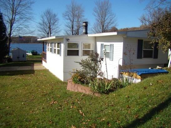 60750 Lilly Lake Drive, Jones, MI - USA (photo 1)