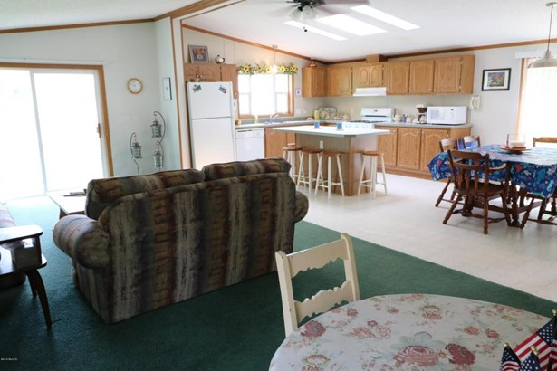 33362 Inn D Inn Drive, Dowagiac, MI - USA (photo 4)