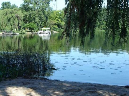 2131 Bass Island Park Drive, Eau Claire, MI - USA (photo 2)