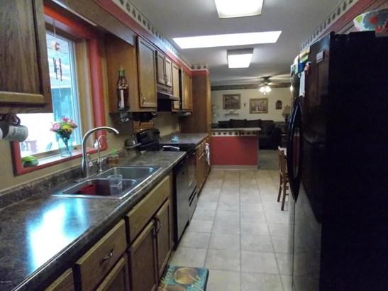 70593 Adamsville Road, Edwardsburg, MI - USA (photo 5)