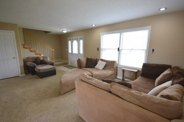 27678 Red Thistle Drive, Elkhart, IN - USA (photo 2)