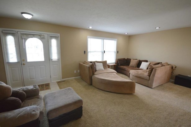 27678 Red Thistle Drive, Elkhart, IN - USA (photo 3)