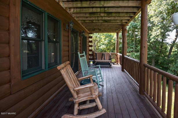 7266 Brush Lake Road, Eau Claire, MI - USA (photo 3)
