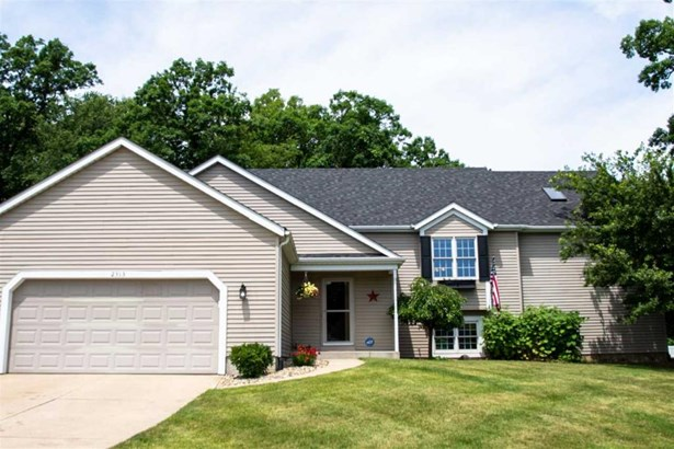 2313 Pine Creek Court, South Bend, IN - USA (photo 1)
