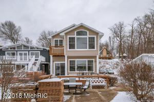 7882 Lakewood Drive S, Coloma, MI - USA (photo 1)