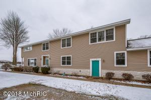 7882 Lakewood Drive S, Coloma, MI - USA (photo 2)