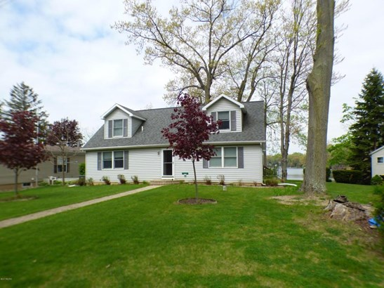 50384 Cable Lakeview Drive, Dowagiac, MI - USA (photo 1)