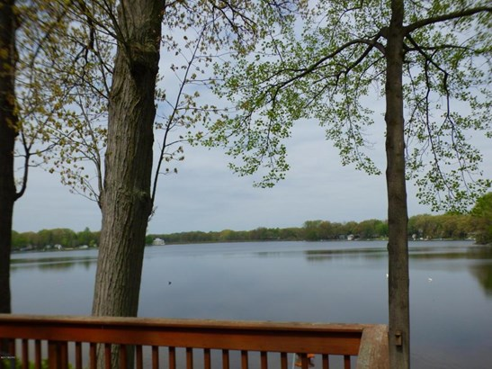 50384 Cable Lakeview Drive, Dowagiac, MI - USA (photo 2)