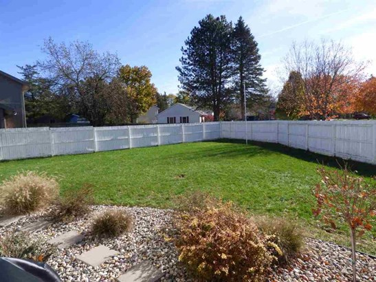 2911 Brooktree Court, Elkhart, IN - USA (photo 3)