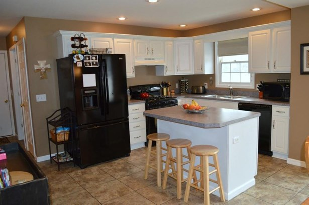 2911 Brooktree Court, Elkhart, IN - USA (photo 5)