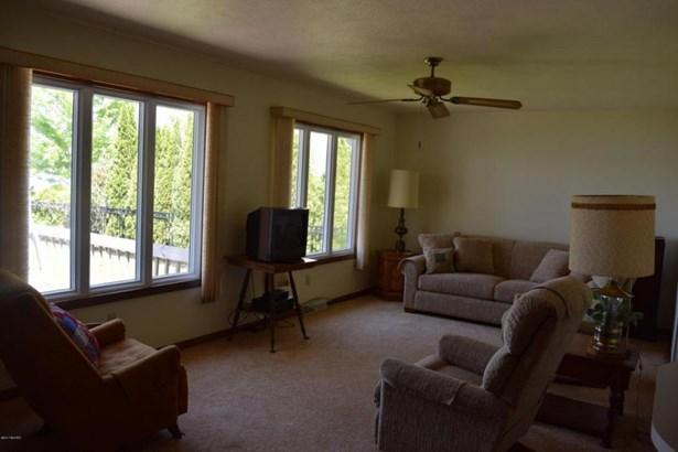 21736 Lake Street, Cassopolis, MI - USA (photo 4)