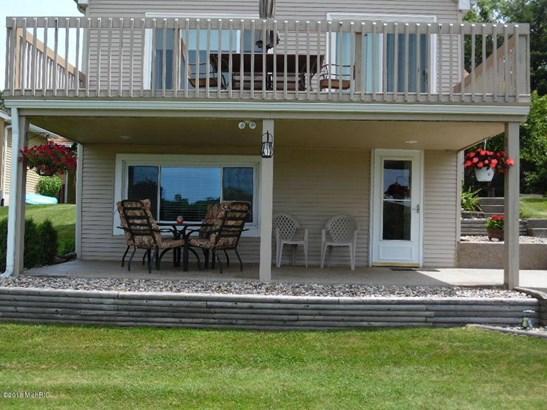 70192 Lakeview Drive , Edwardsburg, MI - USA (photo 3)