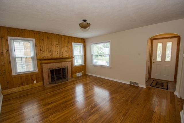 2160 Hollywood Pl, South Bend, IN - USA (photo 2)